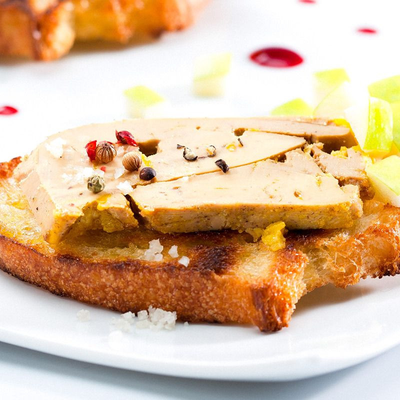 Plate-Whole-Duck-Périgord-Foie-Gras